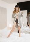 Harpers-Bazaar-US-October-2016-Gigi-Hadid-by-Bjorn-Iooss-01.jpg